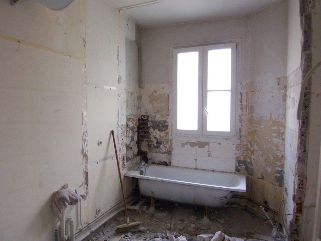 Salle-de-bain avant travaux