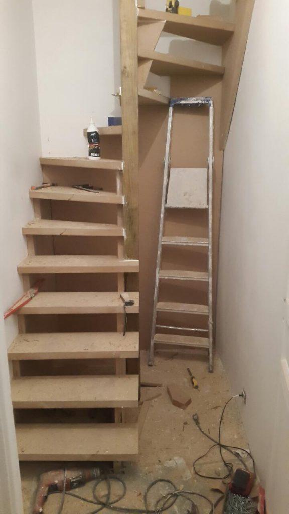 L'escalier sur-mesure presque terminé