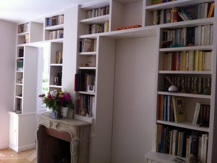 La bibliothèque de salon terminée